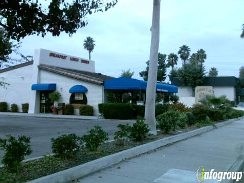 Johnnie's Jr Burgers, La Palma CA
