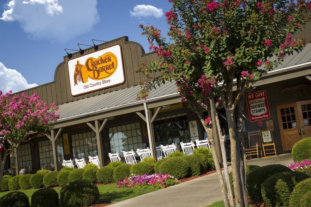 Cracker Barrel Old Country Store, Belleville MI