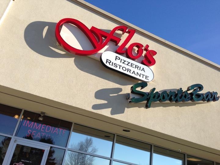 Flo's Pizzaria Ristorante and Sports Bar, Belmont MI