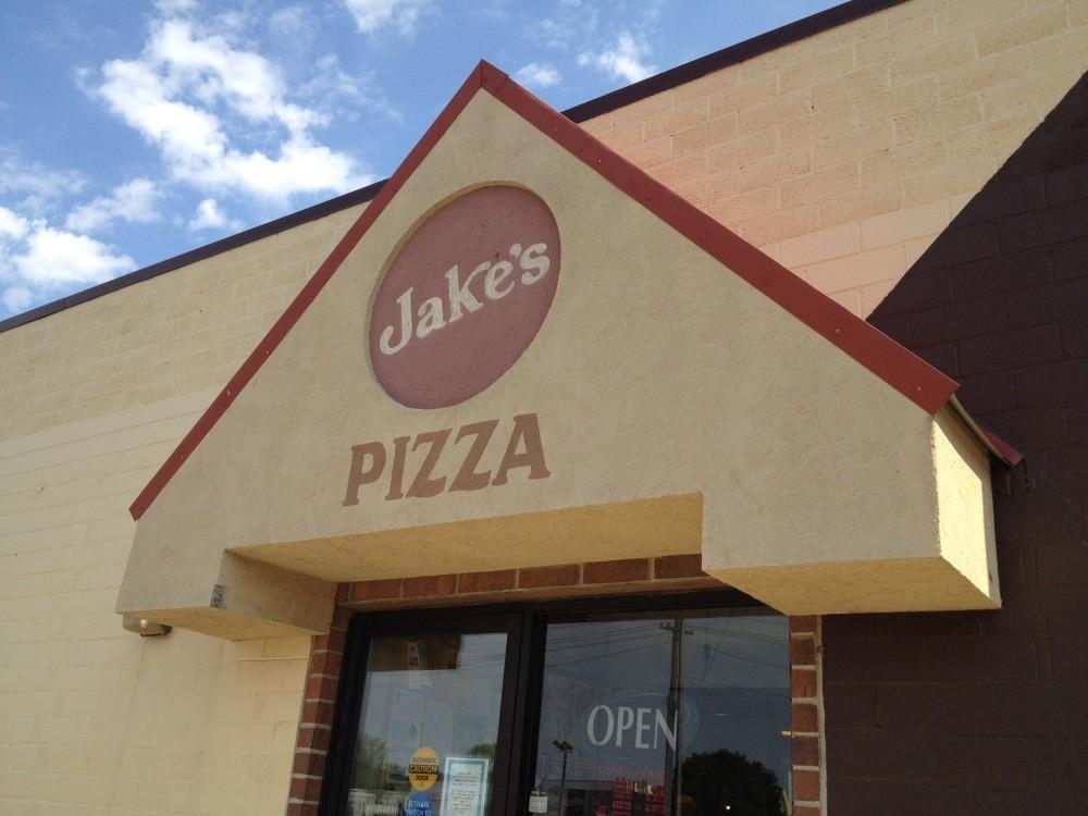 Jake's Pizza & Sandwich Shop, Saint James MN