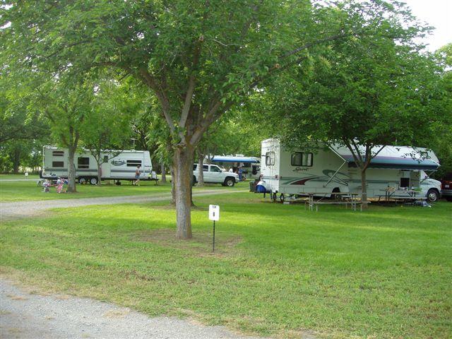 The Parkway RV Resort & Campground, Orland CA