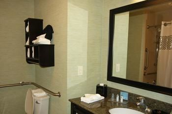 Hampton Inn & Suites Swansboro/Near Camp Lejeune Bear Creek Gate, Swansboro NC