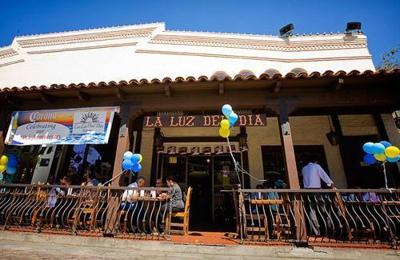 La Luz Del Dia - Los Angeles, CA