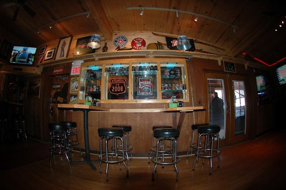 The Lion's Den Bar & Grill, Pinetop AZ