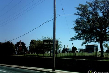 Oak Lawn Cemetery & Chapel