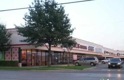 Wingstop Restaurant - Dallas, TX