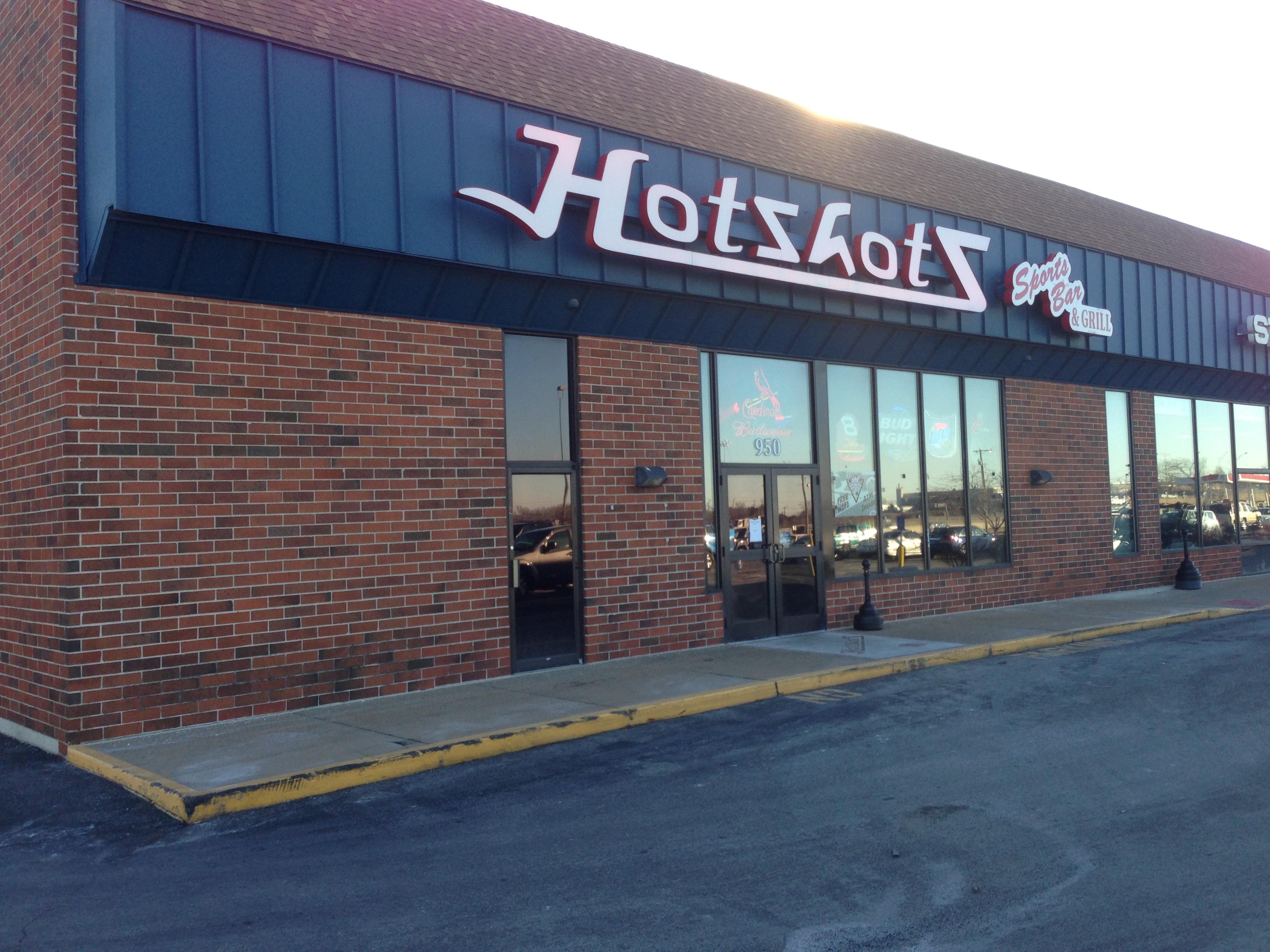 Hotshots Sports Bar & Grill, Fenton MO