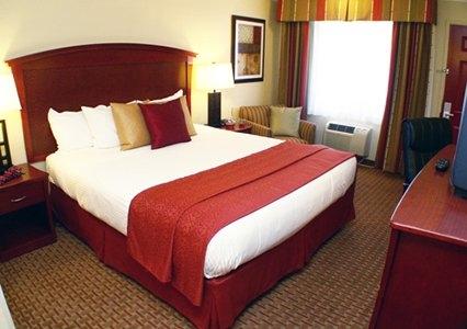 Quality Inn & Suites Santa Cruz Mountains, Ben Lomond CA