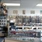 Rhonda's Guns & Ammunition Inc - Trenton, MI