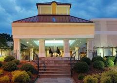 Sundance Plaza Hotel Spa & Wellness Center - Winston Salem, NC
