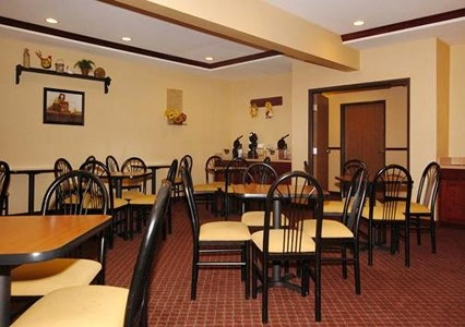 Quality Inn & Suites, Sterling CO