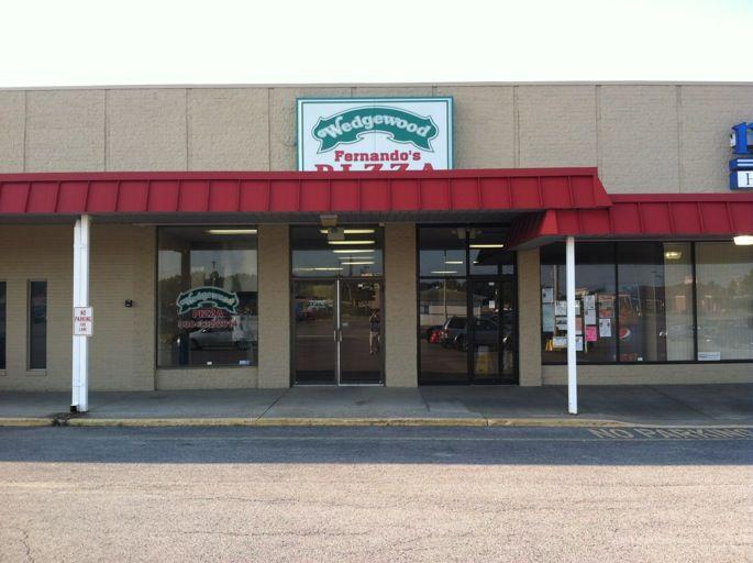 Wedgewood Fernando Pizza, Salem OH
