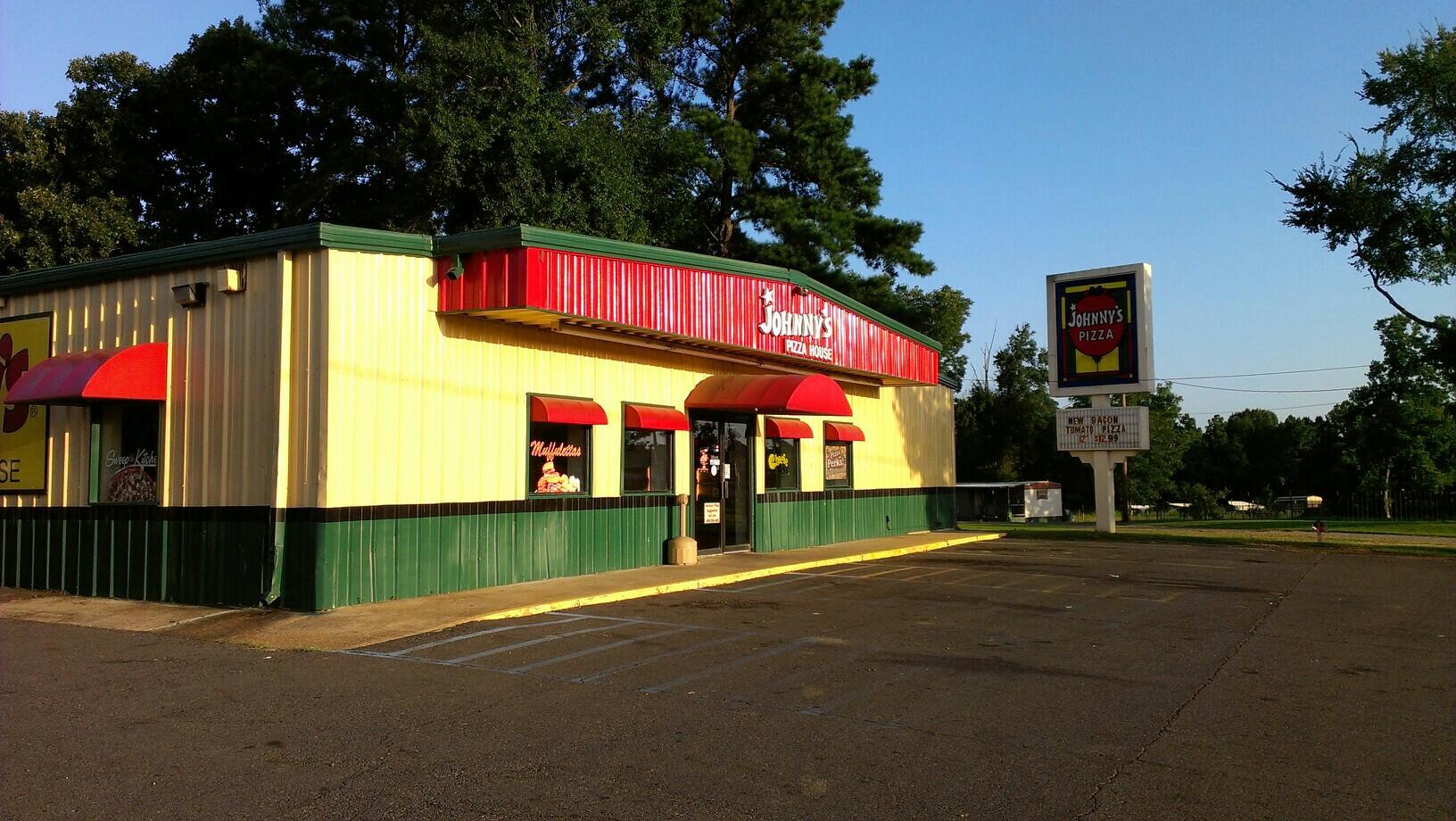 Johnny's Pizza House, Columbia LA
