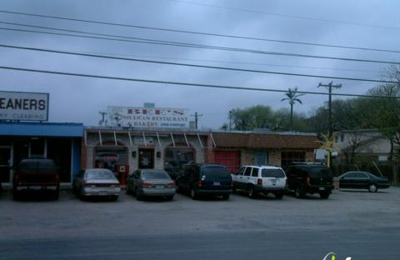 Bee's Restaurant - San Antonio, TX