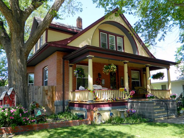 3rd Street Nest Bed & Breakfast, Lamar CO