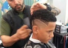 In & Out Barber Shop - Sanford, FL