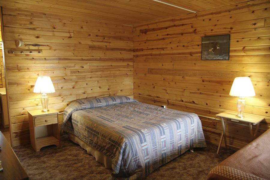 Meiers Lake Roadhouse, Glennallen AK