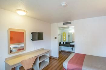 Motel 6 Redding - North, Redding CA
