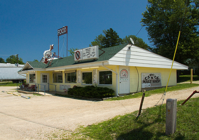 Circle Inn Malt Shop, Bourbon MO