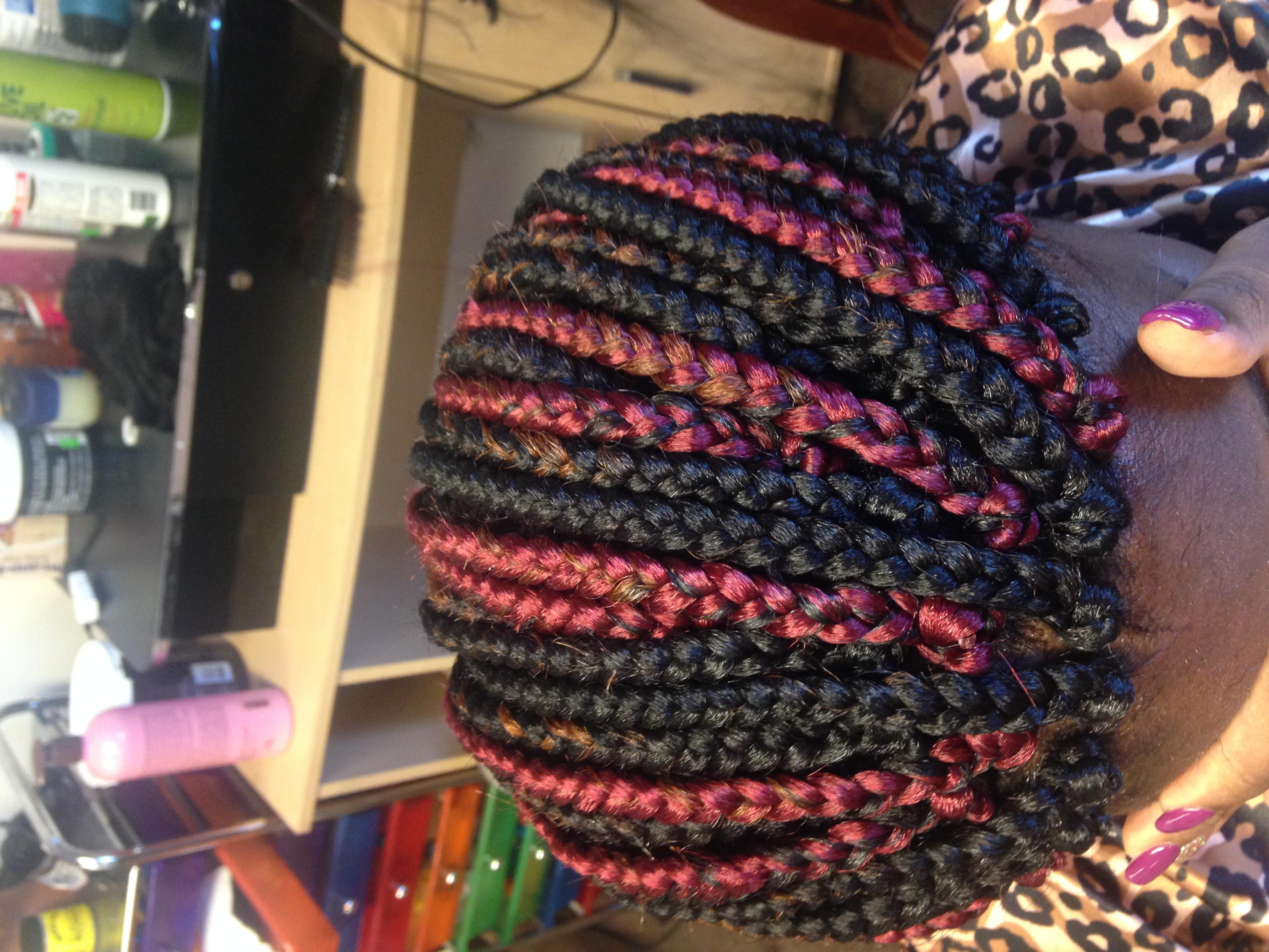 Milona Hair Braiding & Weaving, Dover DE