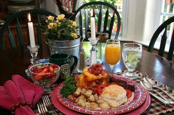 McCaffrey House Bed and Breakfast Inn, Twain Harte CA