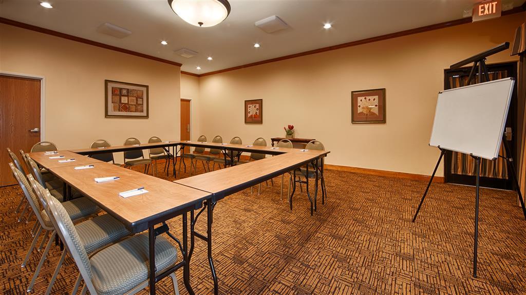 Best Western Plus Schulenburg Inn & Suites, Schulenburg TX