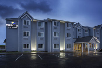 Microtel Inn & Suites by Wyndham Caldwell, Caldwell OH