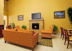 Holiday Inn Express & Suites Minden - Minden, NV