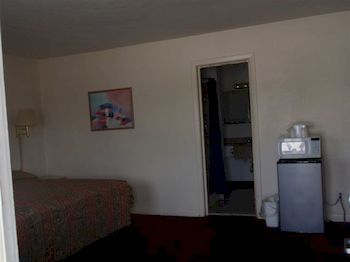 Travelers Budget Inn, Pocomoke City MD