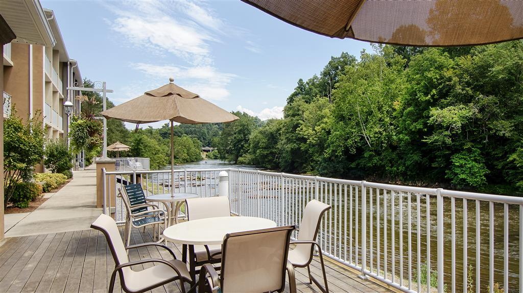 Best Western Plus River Escape Inn & Suites, Dillsboro NC