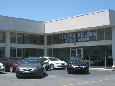 Piazza Acura of Reading, Reading PA