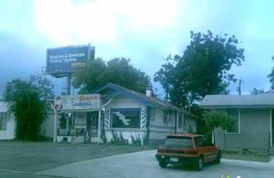 Garza's Barber & Styling Shop - San Antonio, TX