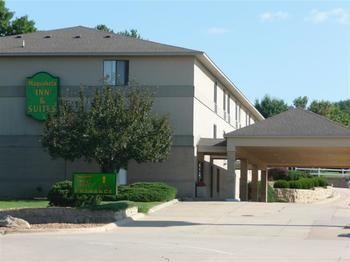 Maquoketa Inn & Suites, Maquoketa IA