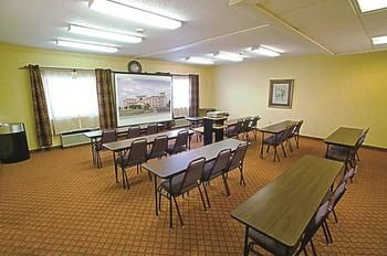 La Quinta Inn & Suites Evansville, Evansville IN