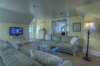 Spruce Point Inn Resort & Spa, Boothbay Harbor ME
