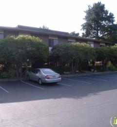 Edward Jones - Financial Advisor: Cynthia A Wemyss - Los Altos, CA