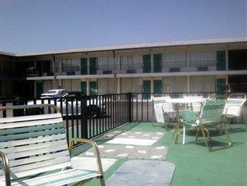 Relax Inn & Suites, Hope AR