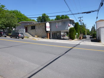 Cougar Land Motel, Pullman WA