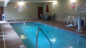 Cobblestone Hotel & Suites, Knoxville IA