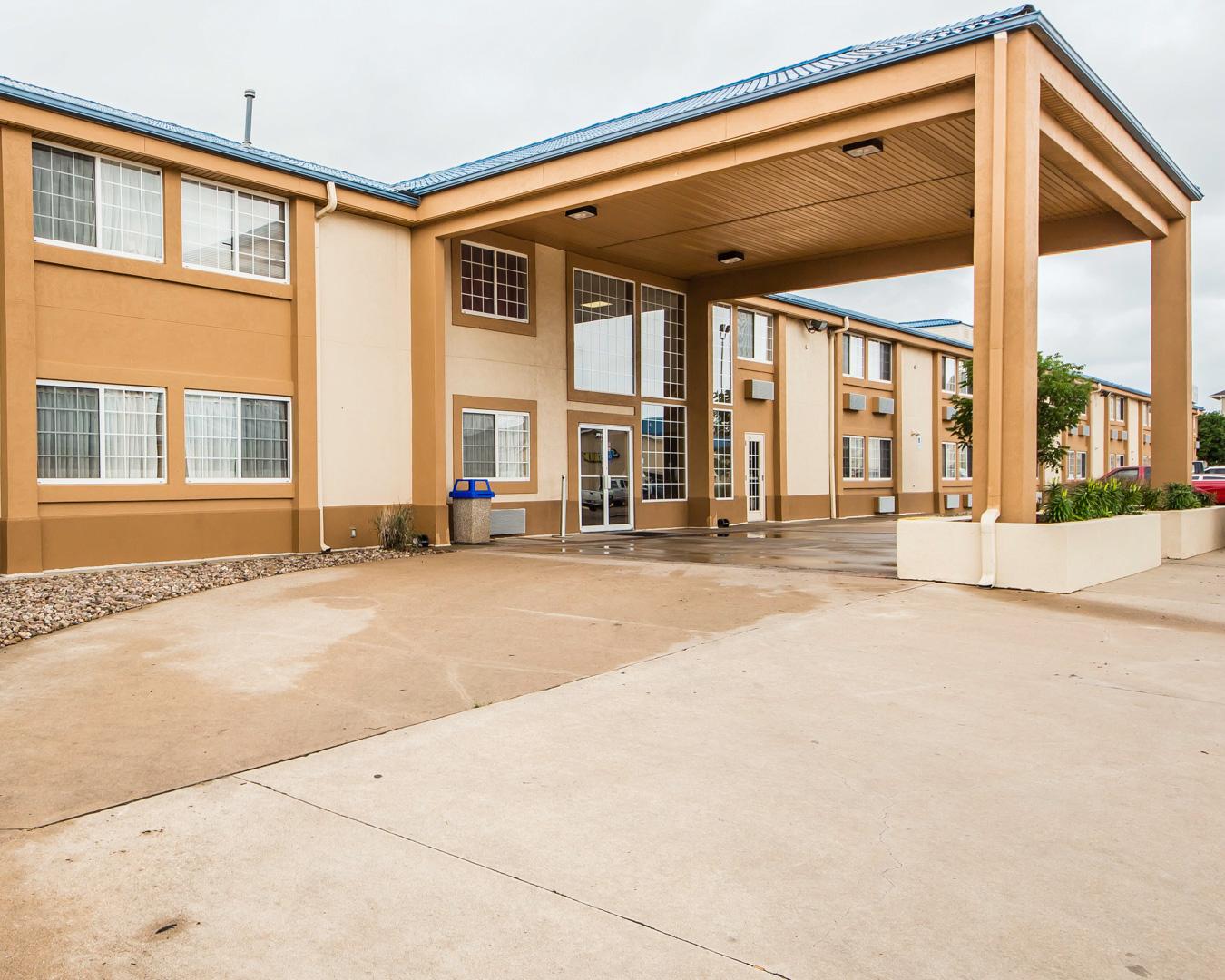 Econo Lodge Blackwell - I-35, Blackwell OK