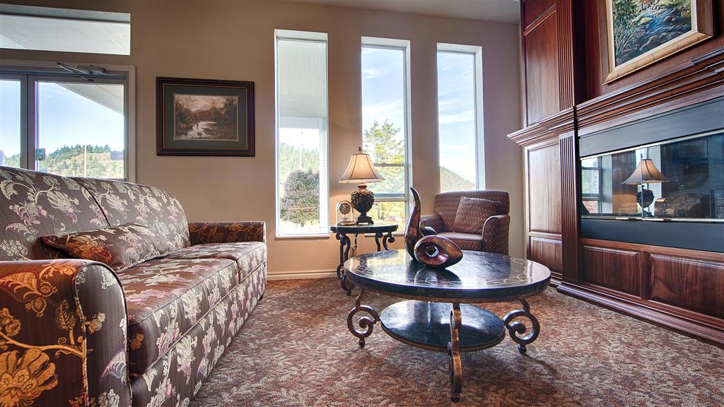 Best Western Salbasgeon Inn & Suites Of Reedsport, Reedsport OR
