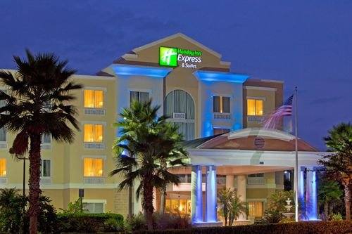 Holiday Inn Express & Suites TAMPA-I-75 @ BRUCE B. DOWNS, Tampa FL