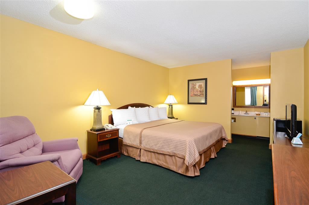 Americas Best Value Inn, Iola KS