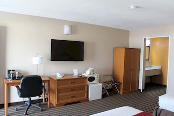 Westbridge Inn & Suites, Clinton MO
