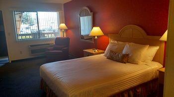 Lewis River Inn, Woodland WA