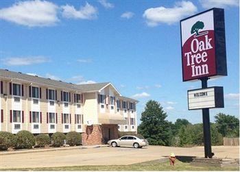 Oak Tree Inn, Jefferson City MO