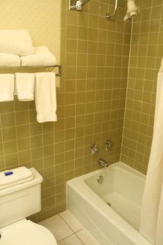 Rodeway Inn & Suites, Cobleskill NY