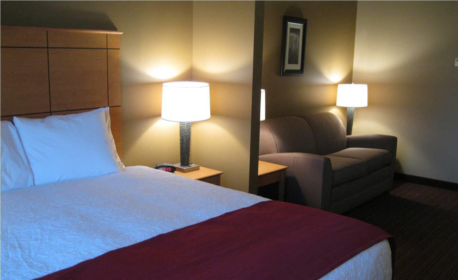Best of fairview mt things to do nearby for Richland motor inn sidney mt