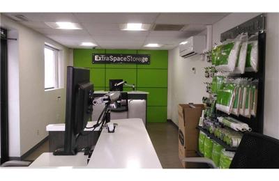 Extra Space Storage   Shrewsbury, MA