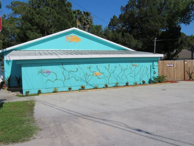 Daytona Aquarium 3131 W International Sdway Blvd Beach Fl 32124 Yp
